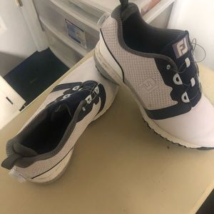 FJ golf shoes